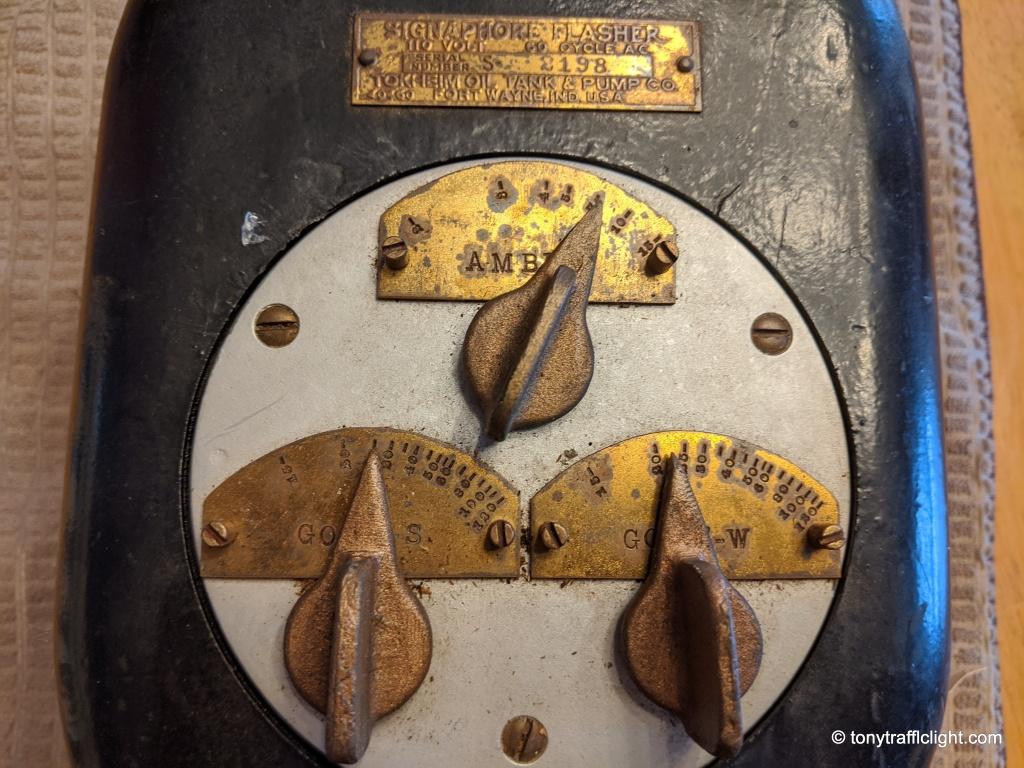 Tokkheim Signaphore Controller dials.